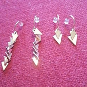 Jewelmint 2 pairs of triangle earrings